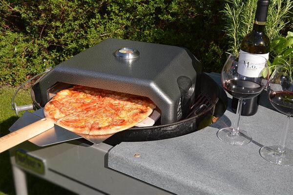 Pizzaovn med spade